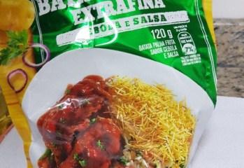 Batata Palha Extrafina Cebola e Salsa Yoki