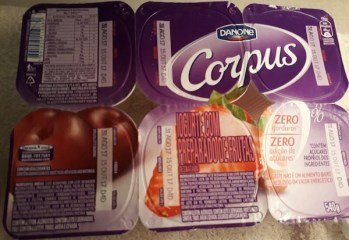 Iogurte Desnatado com Preparado de Frutas Zero Corpus Danone