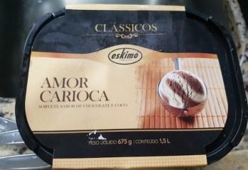 Sorvete Sabor de Chocolate e Coco Amor Carioca Clássicos Eskimó