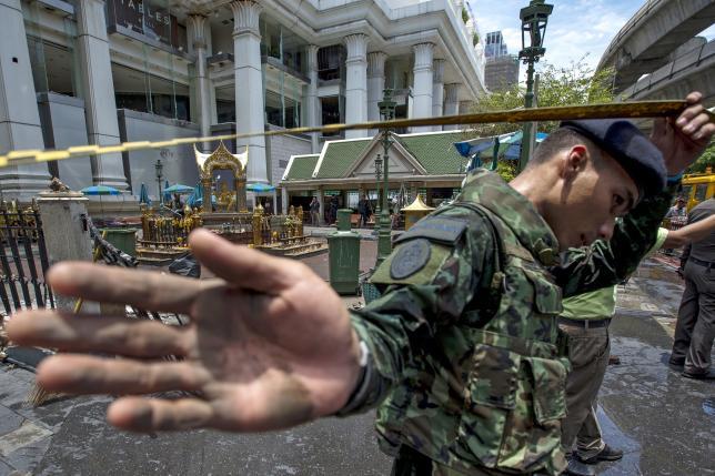 2015年8月爆発事故の起きたエラワン祠前