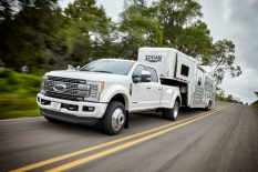 All-new 2017 Ford F-450 Super Duty Platinum Crew Cab 4x4 Class 3 dual-rear-wheel pickup is the top-of-the-line luxury model and tow boss of the lineup. The truck can pull heavier gooseneck and fifth-wheel trailers than ever.