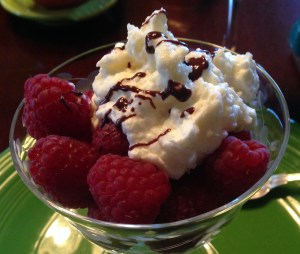 Raspberries and white chocolate mousse