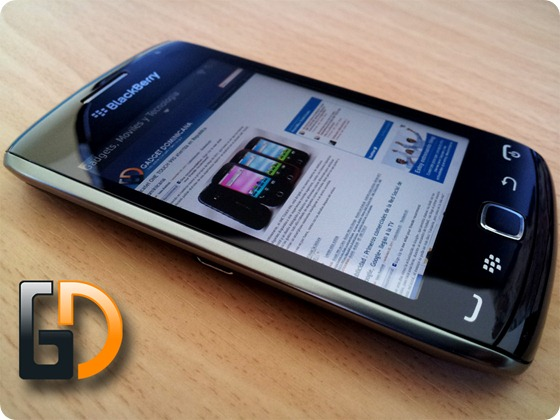 Review_blackberry_9380