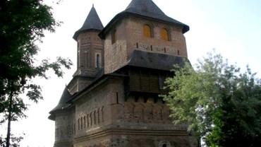 Biserica Fortificata Precista
