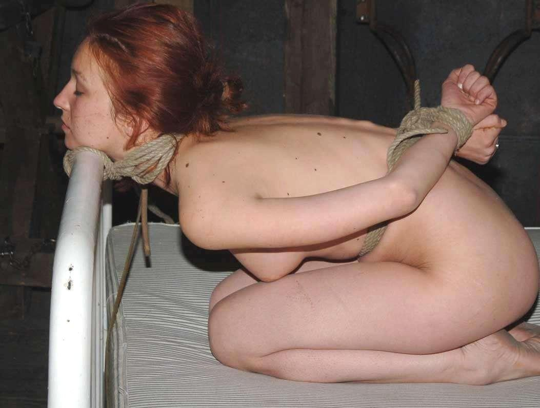 tiny girl naked sex