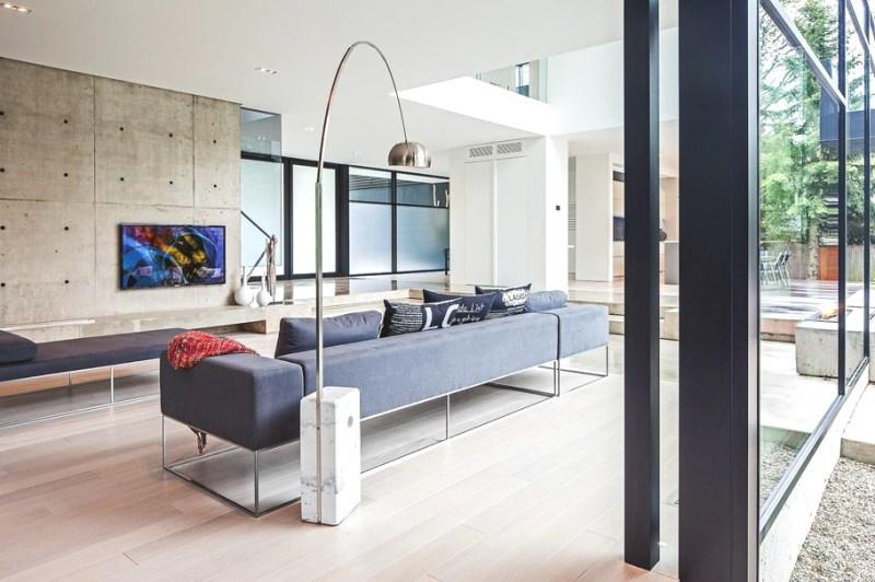 Современный отель Belvedere Residence в Торонто