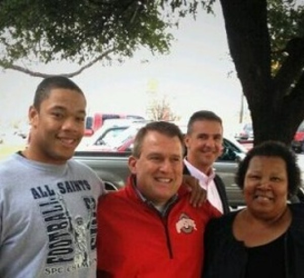 urban meyer recruit photobomb