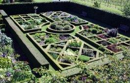 Upton Oaks Garden Blenheim