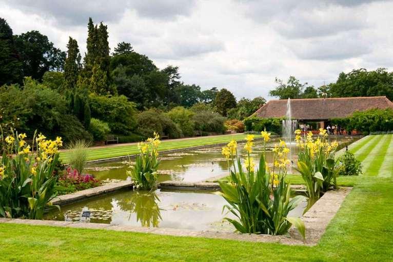 The-Canal-Garden_MAR0003280
