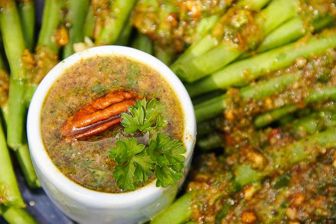 Green Beans with Garlic Pecan Oil | Garlic Mattters
