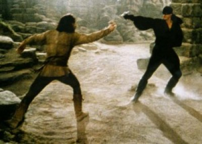 Inigo Montoya and the Man in Black model two-handed swordplay (The Princess Bride: MGM Home Entertainment)