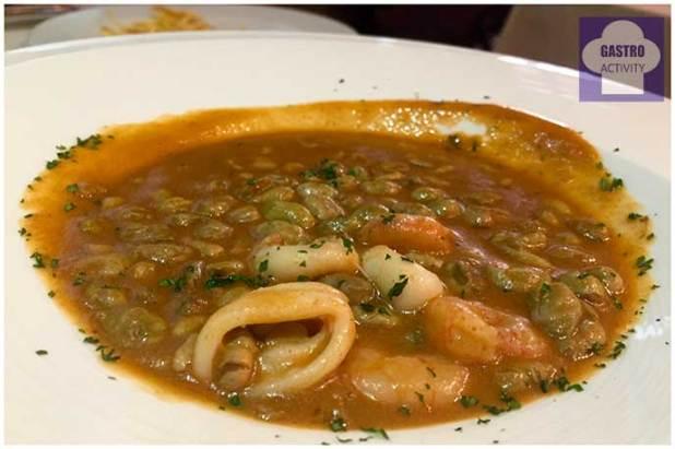 Habitas con chipirones y langostinos Restaurante Vinateros 28 Moratalaz Madrid