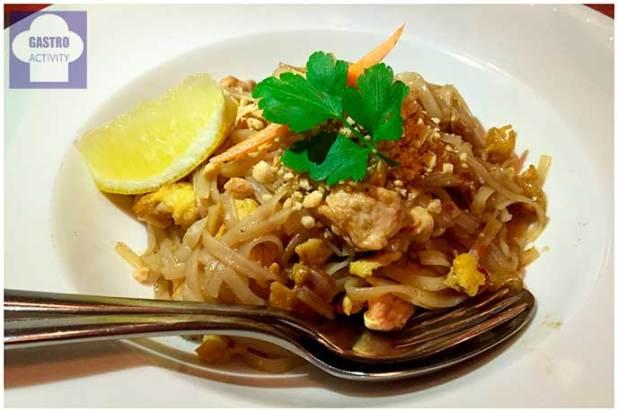 Pancit Lang Lang Namit Gastrobar comida filipina Madrid