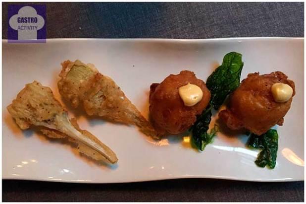 Bunuelos de bacalao y Alcachofas en tempura Restaurante Los Montes de Galicia