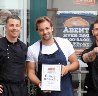 WE HAVE A WINNER: Her er Danmarks suverænt bedste Festivalburger