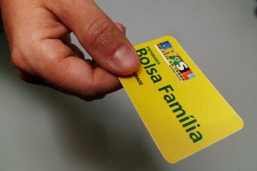 Notícias - MPF aponta pagamentos irregulares de R$ 2,5 bilhões no Bolsa Família