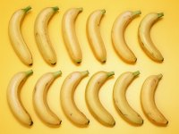 Bananas-3-FT6D9NZBMB-800x600