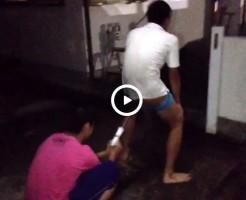 【Vine動画】ウォシュレットでアナルを洗浄したつもりが…勢いが良すぎて声がwww