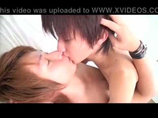 【ゲイ動画】男子高校生が気になる人を家に連れてったらBLセックスだろ♪スリムな眼鏡美少年男子を家に連れていき、我慢できずにキス、そしてカラミ、アナルセックスまで!