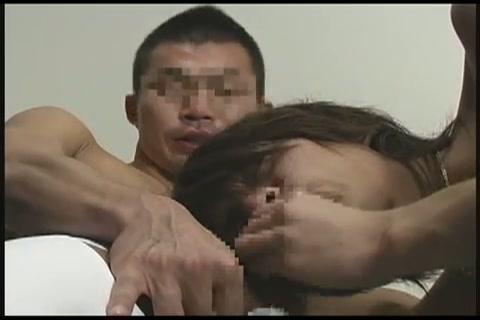 【ゲイ動画】アナル剃毛されて、ますますモロ感になる筋肉系のジャニーズ系イケメン!中年?マッチョ男にご奉仕され、ご奉仕して、タチセックスでお互い喘ぎ声全開になり…!