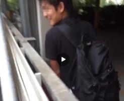 【Vine動画】ションベンめっちゃ出てる!興奮する撮影者と放尿中のイケメンペニスw