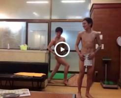 【Vine動画】スリ筋男子二人が魅せる変なエロポージングwペニスの裏まで見えそうww