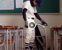 【Vine動画】冬の野球部員が驚きの掃除機バキュームフェラに挑戦?そりゃあ痛いでしょうよw