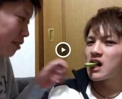 【Vine動画】イケメン二人が魅せるポッキーゲーム!…と見せかけてフレンチキスwww