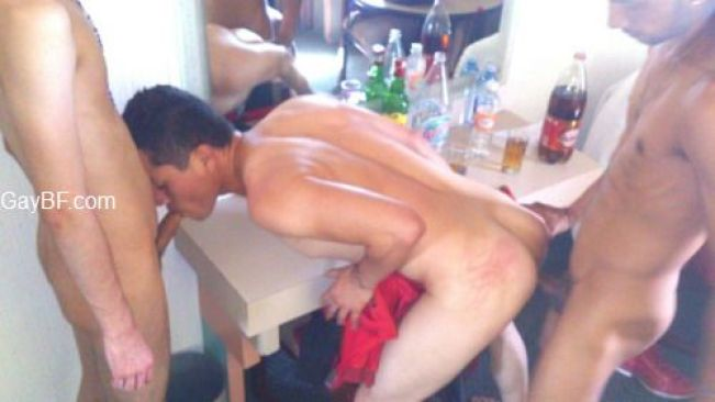 Muscle Gay Men Blowjob Free Videos - Watch, Download Pics and Gay Videos for Free Amateur porn Gay BF POrn