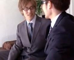 【ゲイ動画 xvideos】先輩リーマンが仕事をサボって仕事以外の事を可愛い後輩のイケメンリーマンに教え込むw