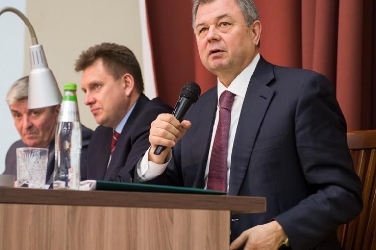 Анатолий Артамонов отметил растущие возможности Боровского района  в экономике и других сферах