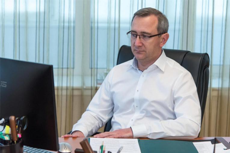 Владислав Шапша: «На федеральном и региональном уровне приняты серьезные меры поддержки малого и среднего бизнеса»