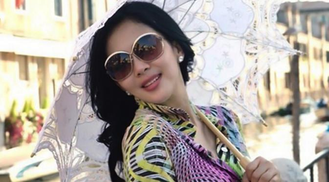 syahrini is one of the hottest indonesian pop stars around and it s not hard to see why a talented musician stunning socialite all personality
