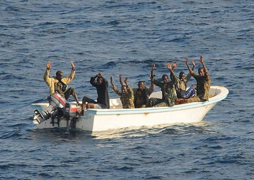 USS Vella Gulf captures seven supsected pirates in Gulf of Aden