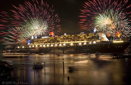 QM2 Photo By Rick Monk