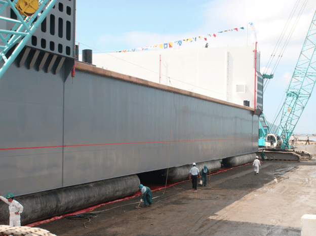 Yokohama ship airbags lifting barge megablock