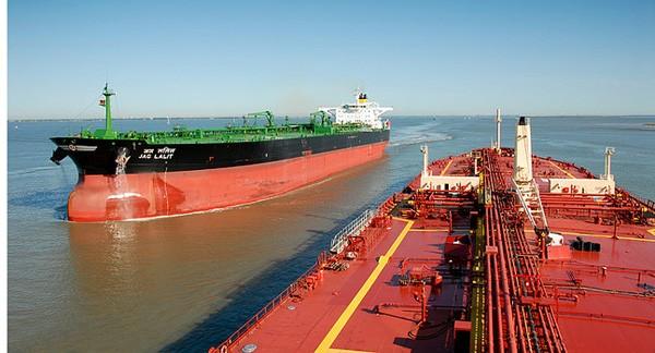 Lou Vest, tanker, oneeighteen