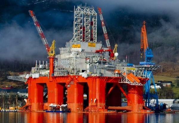 Aker Spitsbergen Drilling semisubmersible