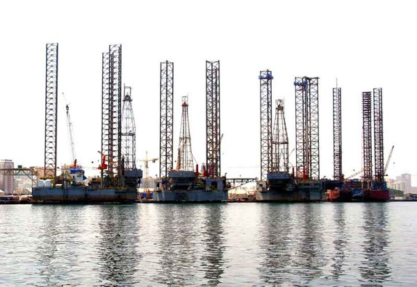 Lamprell jackup rigs shipyard
