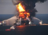 New Federal Report Spreads Blame in Gulf Blowout, Spill