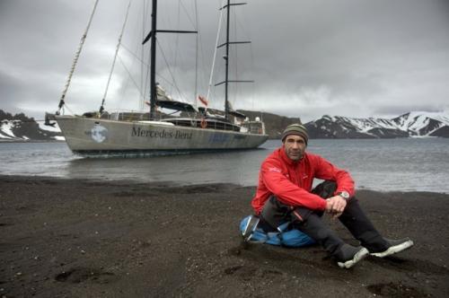 PANGAEA Mike Horn antarctica