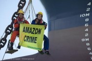 Greenpeace Protestors Sideline U.S.-Bound Bulk Carrier in Brazil