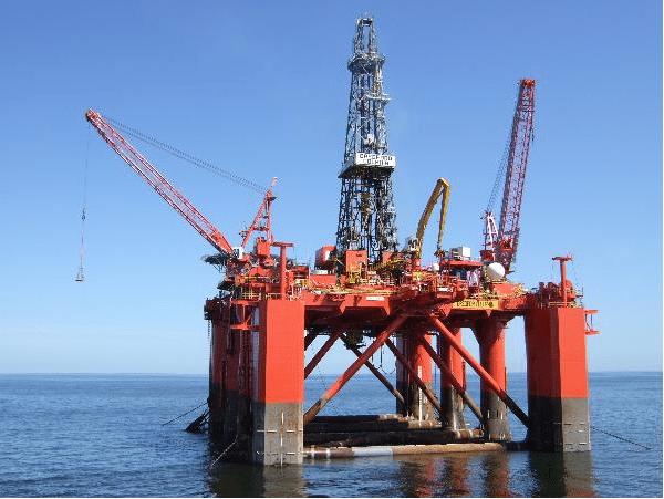 bredford dolphin semi submersible drilling rig