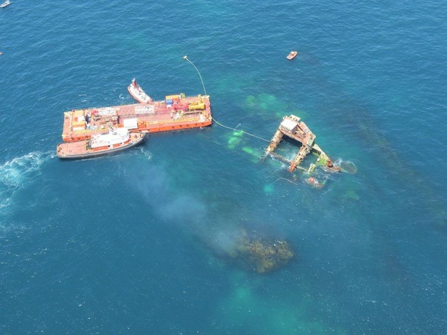 The Resolve barge on-site near the bow section. Image: Maritime New Zealand