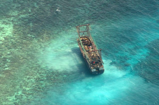 tubbataha reef aground fishing vessel