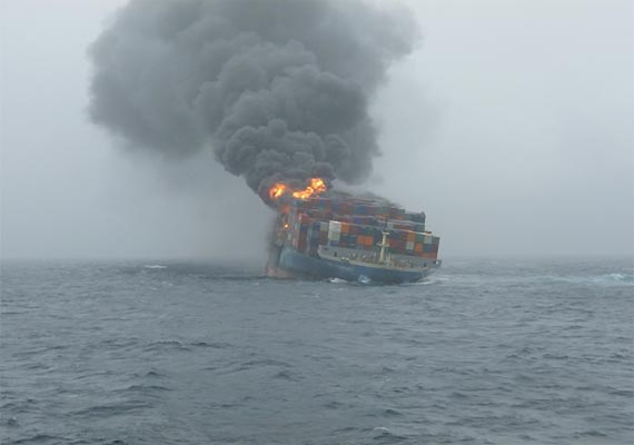 MOL Comfort on fire in the Indian Ocean in July 2013.
