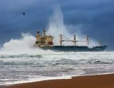 Bulk Carrier Kiani Satu Runs Aground Off South Africa [IMAGES]