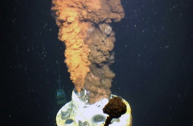 Oil spilling from the Macondo well in the U.S. Gulf of Mexico. (Photo courtesy of U.S. Geological Survey via WHOI)