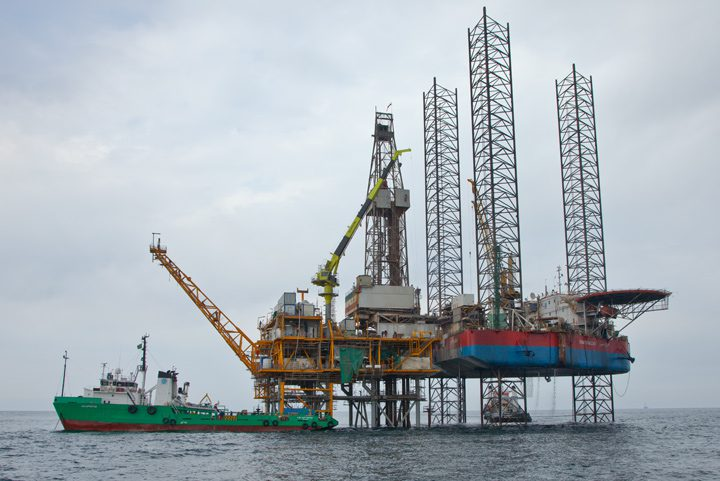 Dzheitune jack-up caspian sea dragon oil