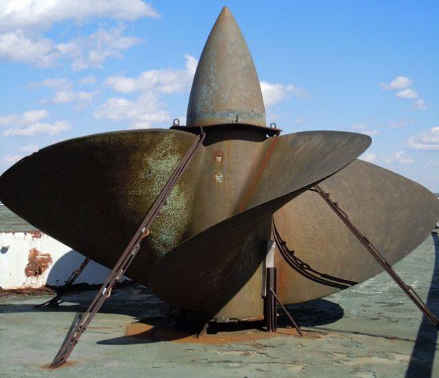 SS United States' spare propeller, image (c) Basil Karatzas